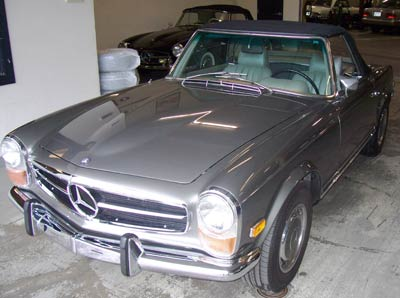 This beautiful Mercedes-Benz 280SL (113 chassis) in anthracite gray was in for routine oil service and full chassis lube.