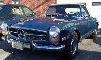 This 1969 Mercedes-Benz 280SL recently made the trip from Martha's Vineyard for A/C work with the original R12 refrigerant. An encouraging sign that the warmer weather is on the way.