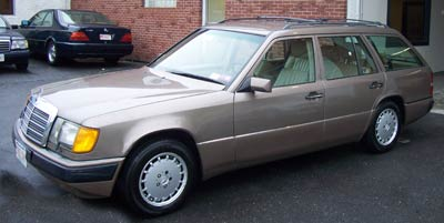 This 92 Mercedes-Benz 300TE recently visited for rear shock accumulator replacement and exhaust replacement.
