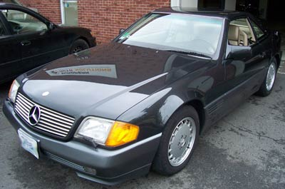 A 1993 Mercedes-Benz 500SL in DB199 in for a pre-purchase inspection.